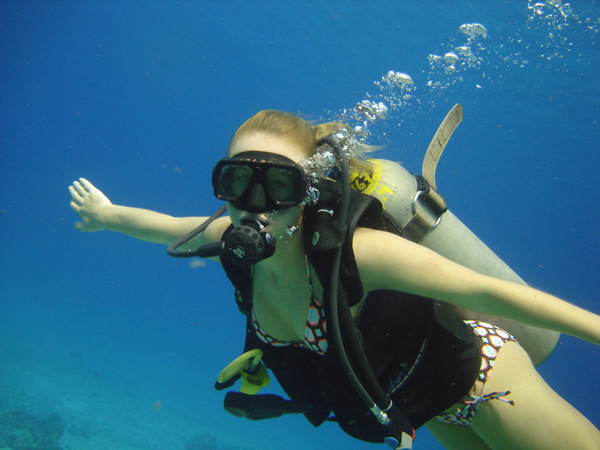SCUBA Diving Advanced Diving Smiling Girl